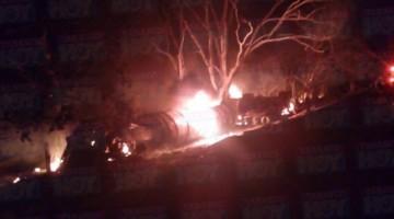 Tabasco.- L explosión de la pipa registrada hoy (foto Face book)