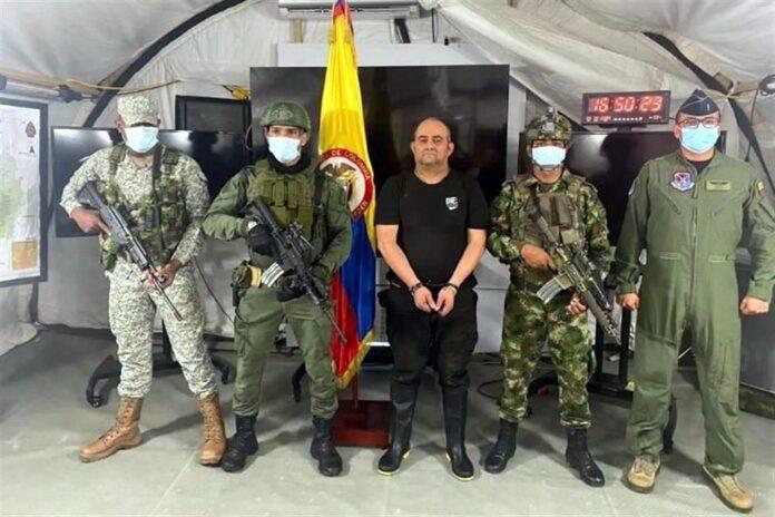 "Las Fuerzas Armadas de Colombia capturaron al prófugo Dairo Antonio Úsuga, alias ""Otoniel"""